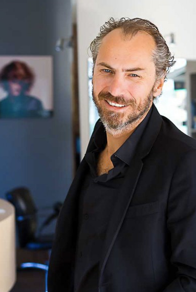 portrait de Laurent Mathéo, coiffeur à La Rochelle